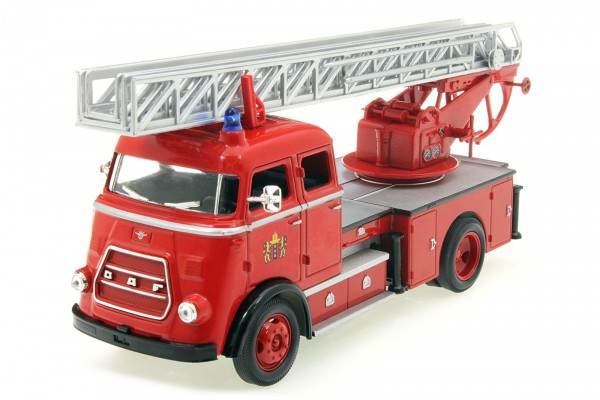 1962 DAF A1600 Fire Engine - Feuerwehr mit Drehleiter - Diecast Modellauto – Maßstab 1:43 - rot